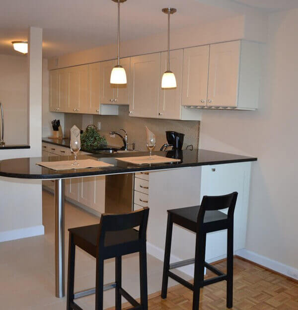 Studio Apartment Near Georgetown DC - Dining Area