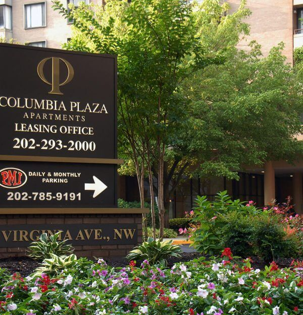 Foggy Bottom Apartments Photo Gallery - Columbia Plaza Sign